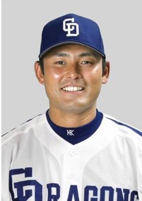 川上憲伸選手が古巣へ復帰する ニュースが飛び込んで来た。年俸は、3000万円(+出来高)だという